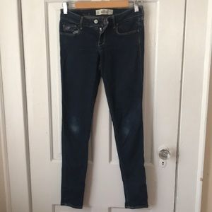 Low rise Hollister skinny jeans